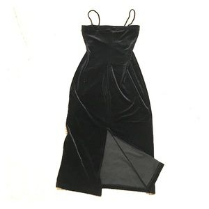 Vintage velvet evening gown w back slit